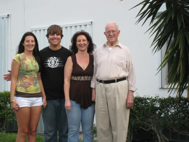 Thanksgiving 2009.jpg