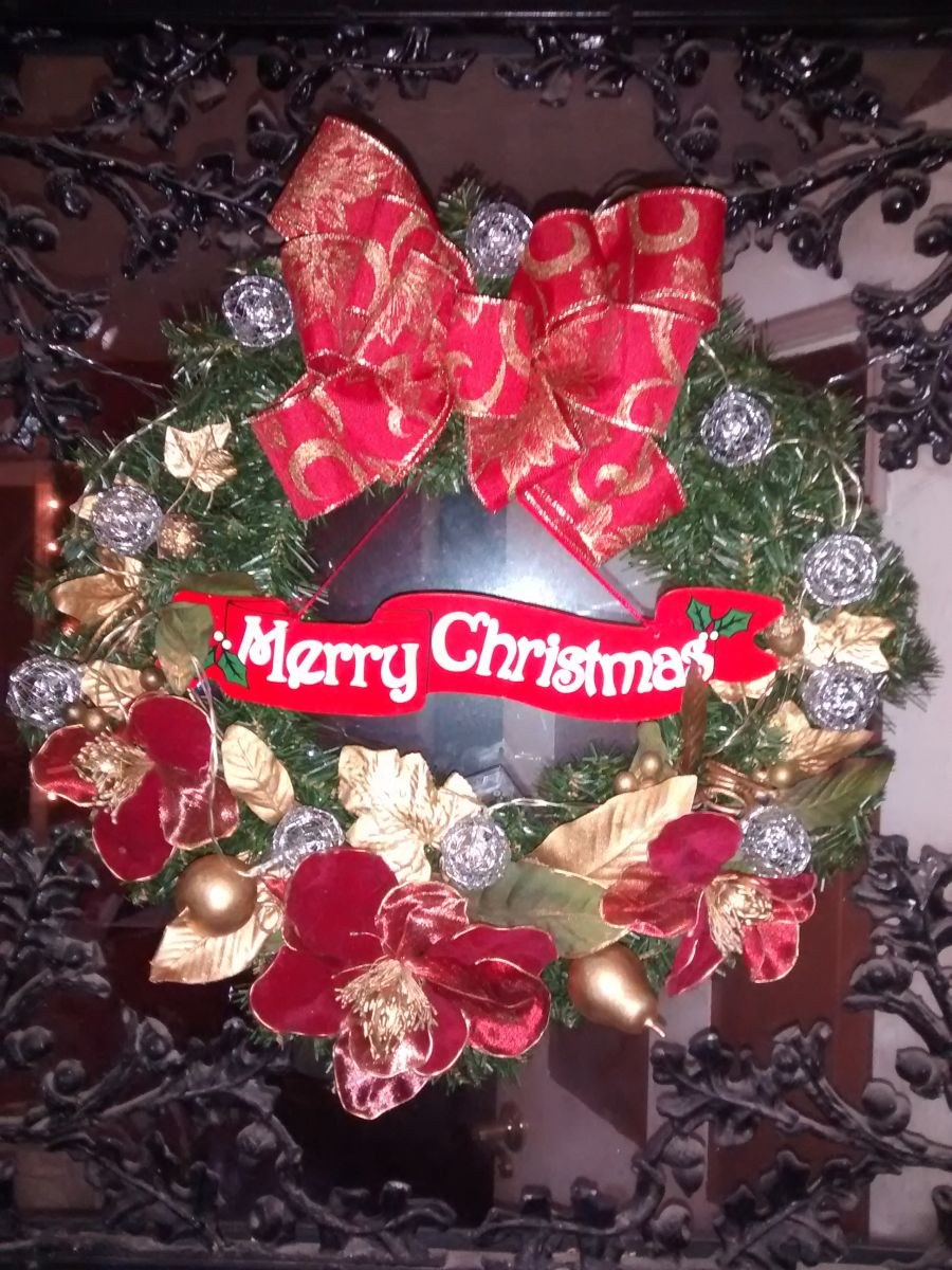 Made my Holiday wreath using things I already had.