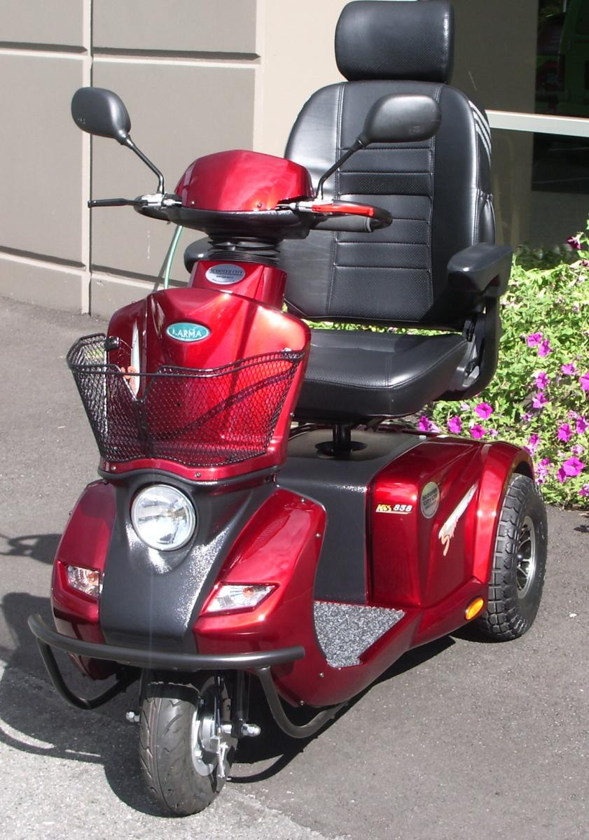 Lenny's New Scooter